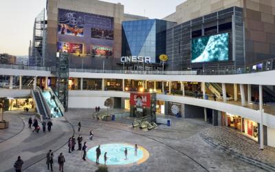 Renovación de la plaza central SOM Multiespai